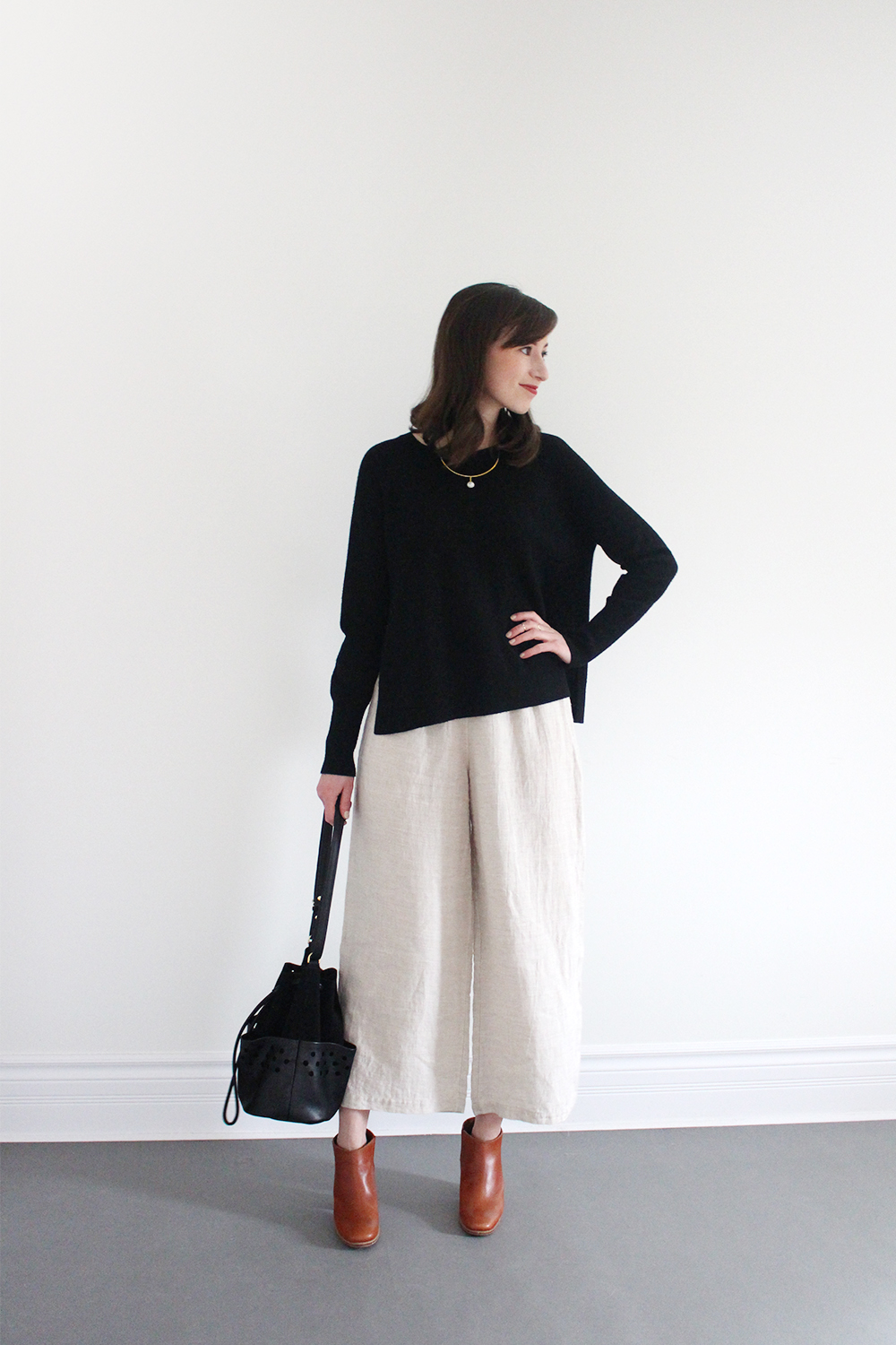 Style Bee - Look 14 - Claire Green