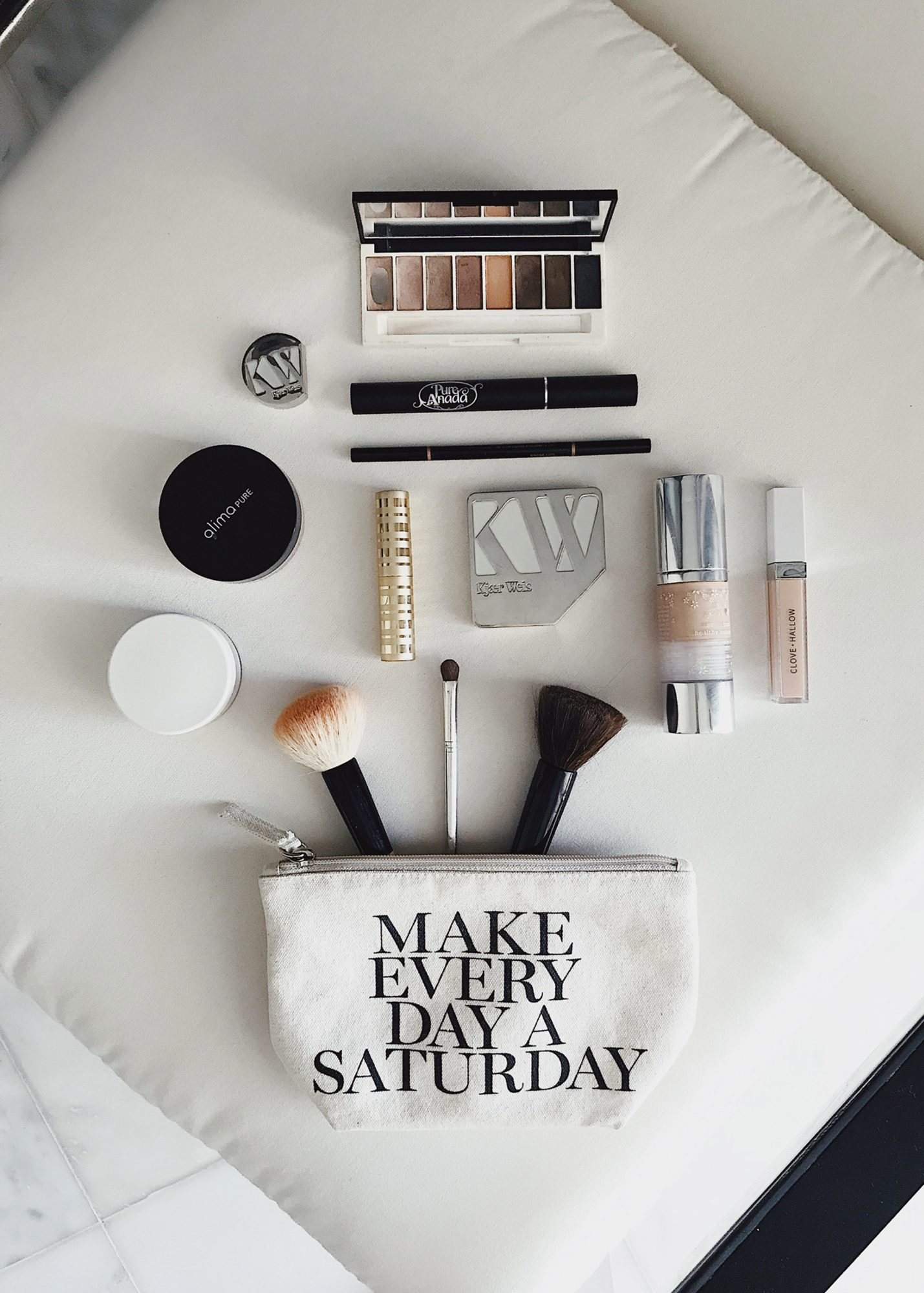 Style Bee - Carry-on Packing - Beauty & Skincare