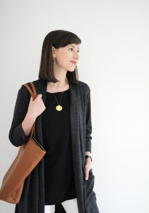 Style Bee - 1 Staple Tank - 3 Easy Holiday Outfits