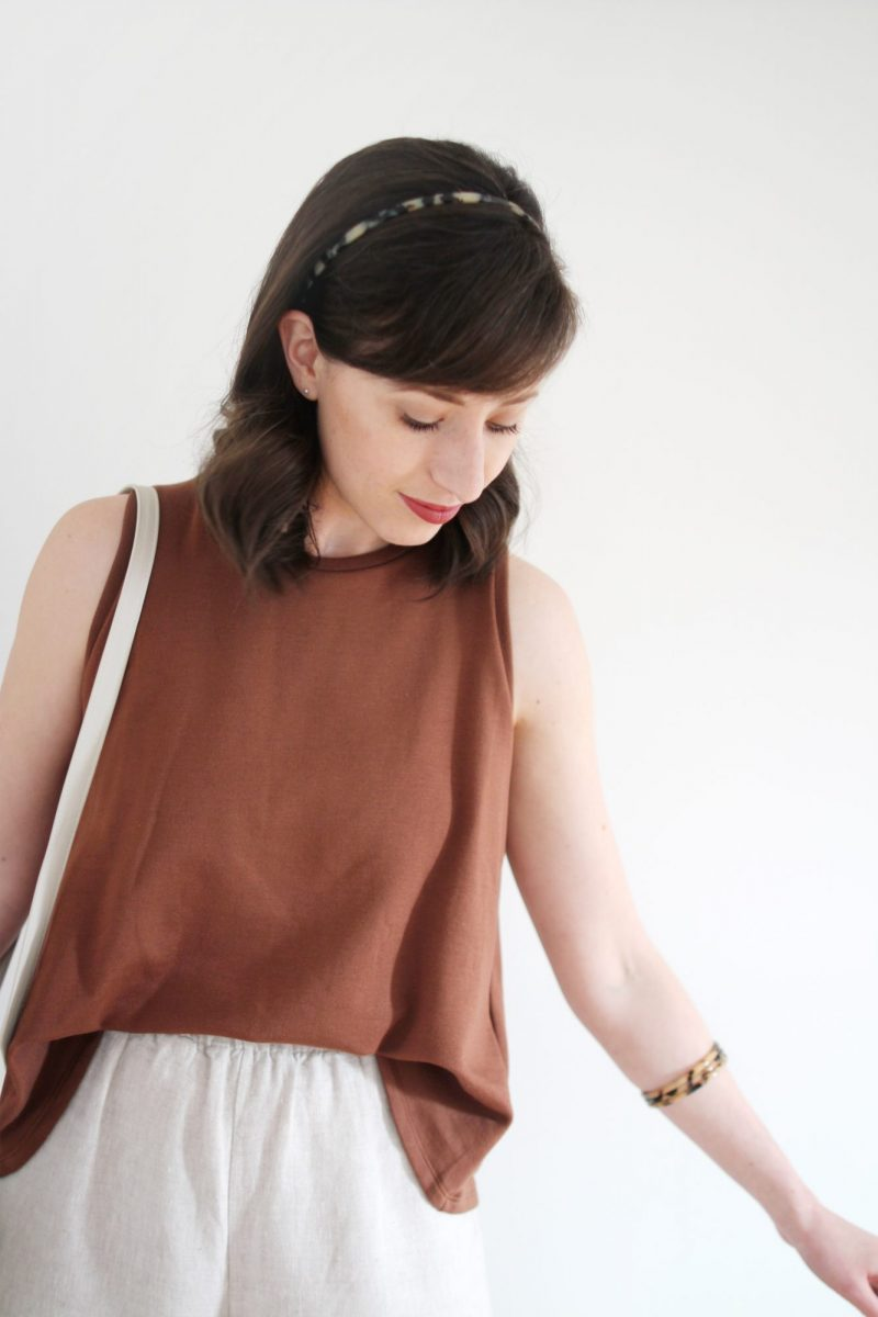 STYLE BEE - GETTING COMFY WITH CORINNE