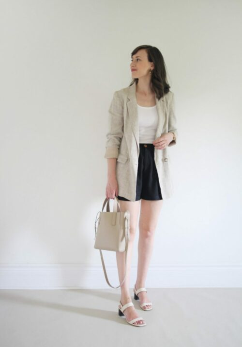 Style Bee - August Outfits - Look 5 - White Tee + Black Shorts + Linen Blazer + Block Heels + Mini Tote