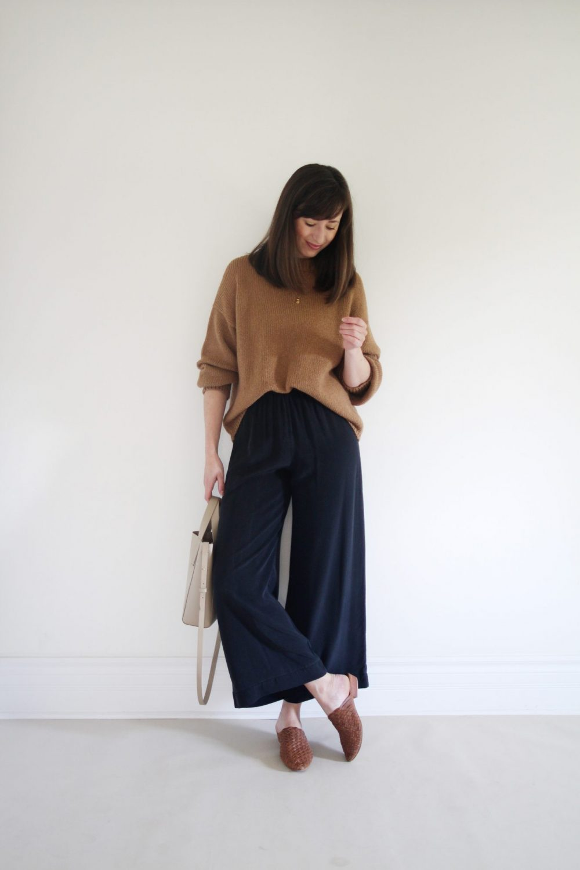 Style Bee - Bare Knitwear
