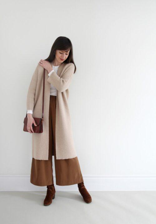 Style Bee - 3 Cozy Monochrome-ish Looks
