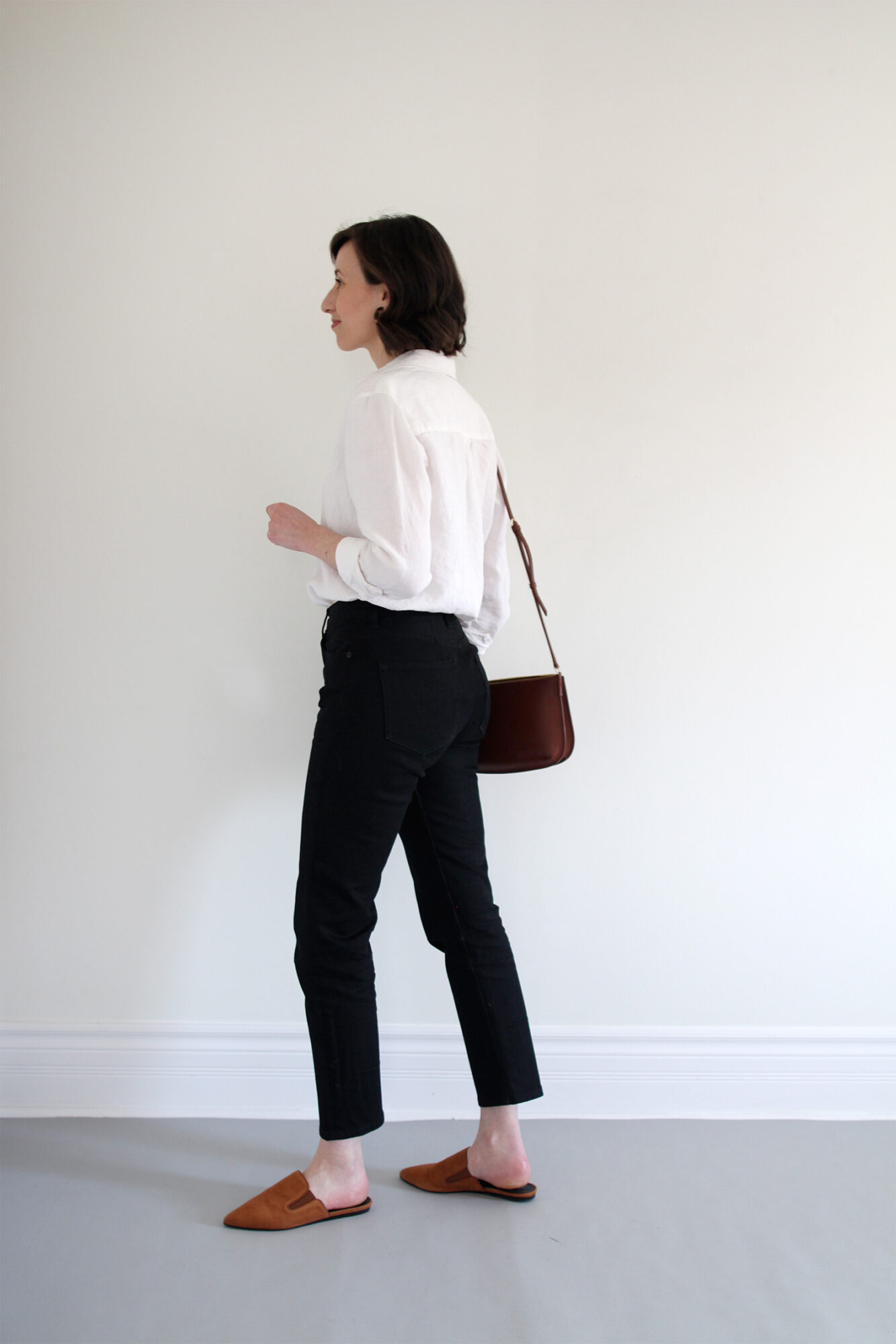 Style Bee Linen Shirt and Black Jeans