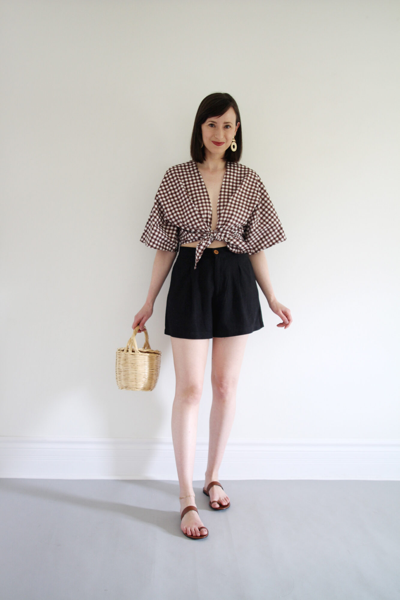 Style Bee - Theme of the Week - Shorts