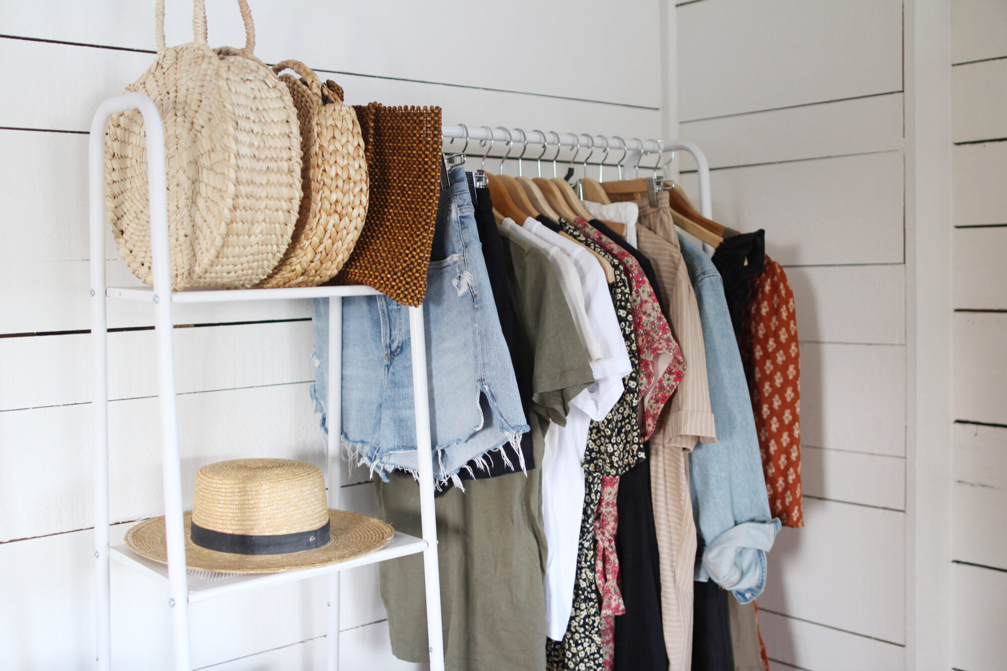 Style Bee - How to Conduct a Closet Audit