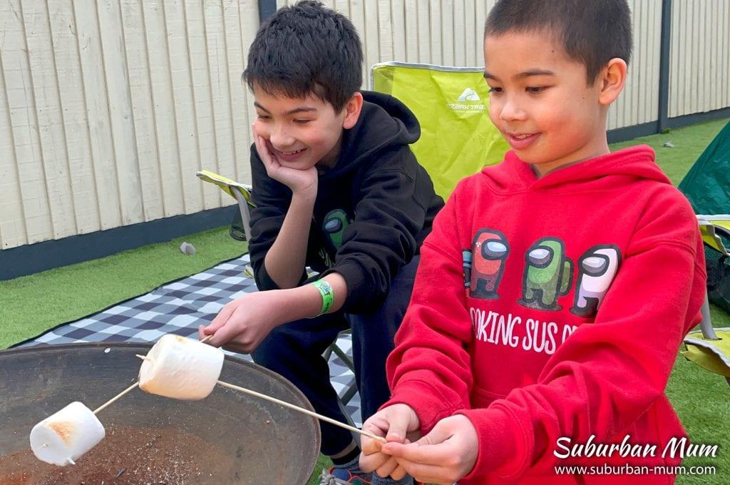 boys-toasting-marshmallows