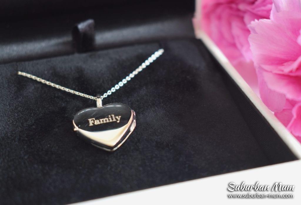 lovelox-personalised-heart-locket
