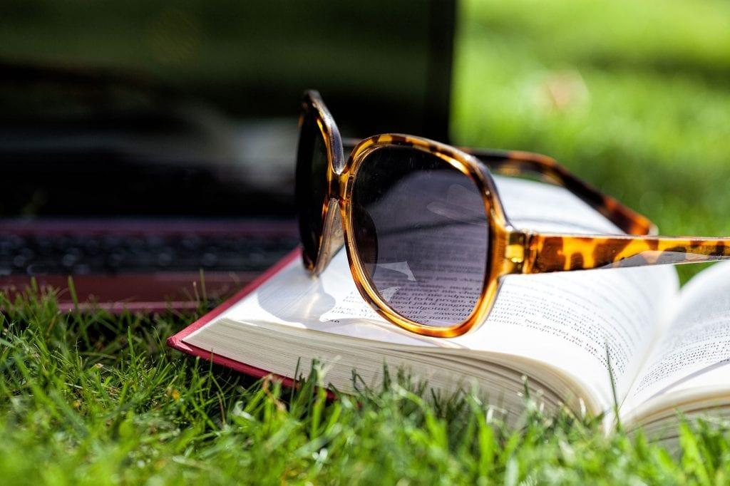 sunglasses-garden