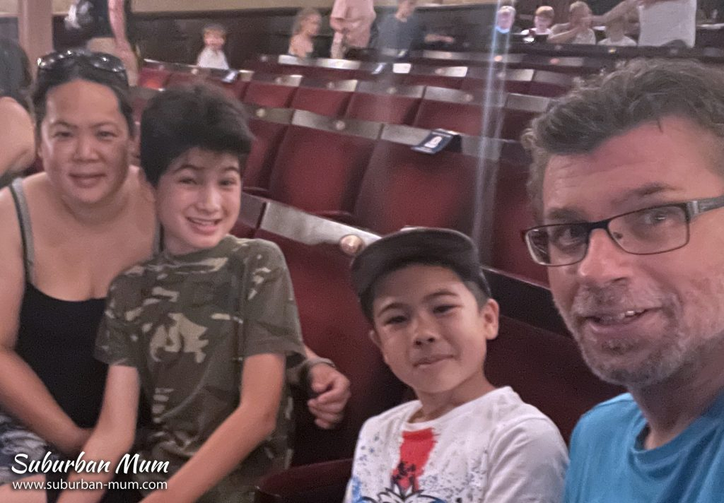garrick-theatre-billionaire-boy-family-photo