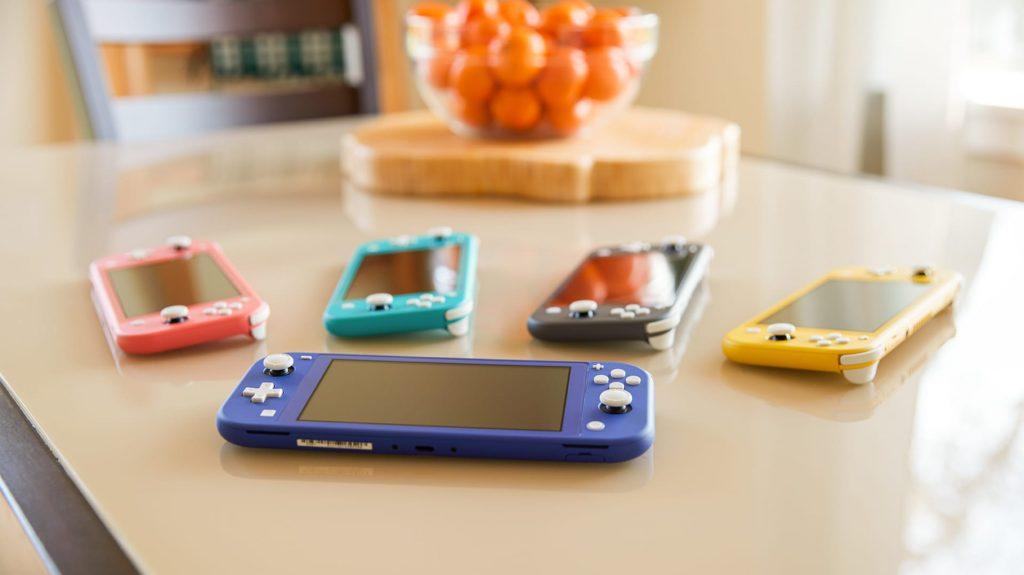 NintendoSwitchLiteColours