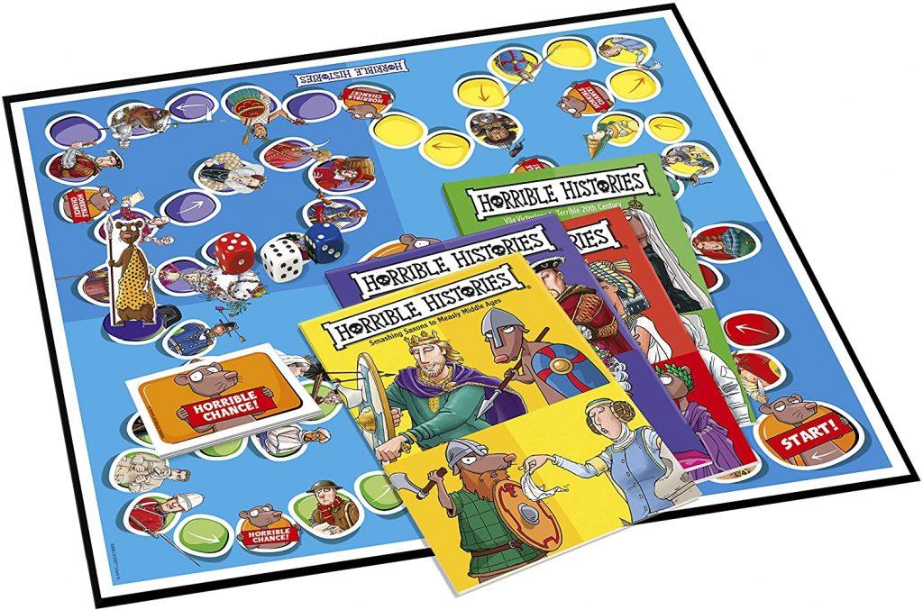 horrible-histories-board-game-inside