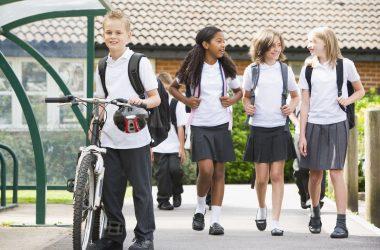 kids-leaving-school
