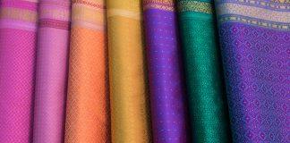 ชุดผ้าไหมไทย
