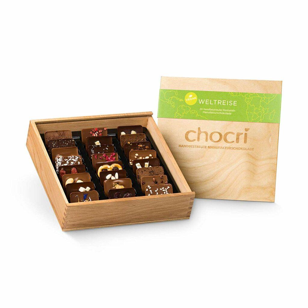 Chocri vegane Weltreise Holzbox Weihnachten als Adventskalender
