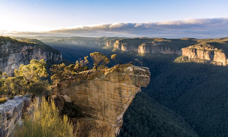 Hanging rock lookout, Blue Mountains, Australia