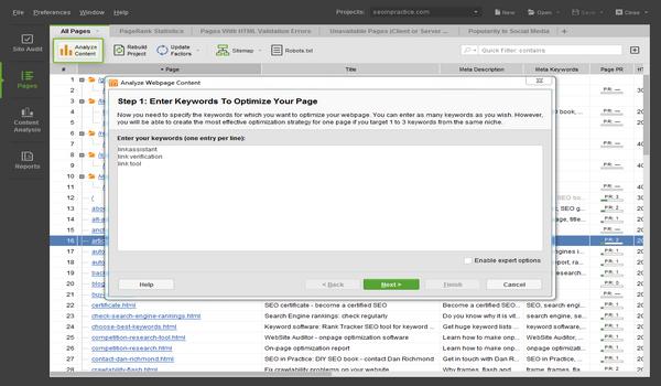 Từ khóa trong Website Auditor được thêm khi nhấn Analyze