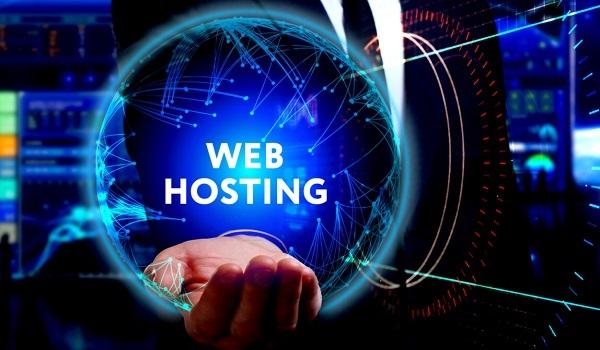 Hosting là nơi diễn ra các giao dịch giữa người truy cập Internet và Website.