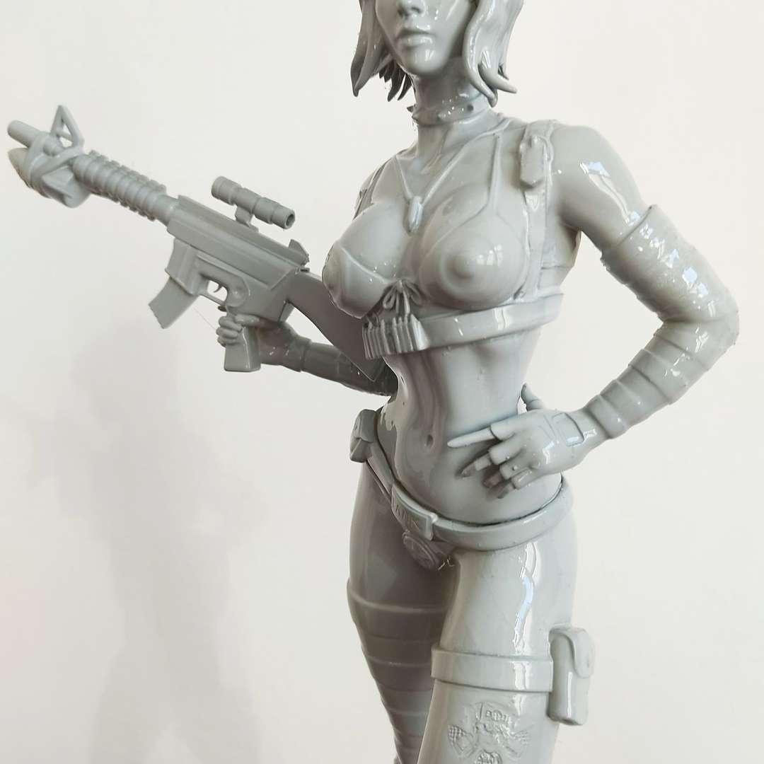 Tank Girl - print-ready cut template - Los mejores archivos para impresión 3D del mundo. Modelos Stl divididos en partes para facilitar la impresión 3D. Todo tipo de personajes, decoración, cosplay, prótesis, piezas. Calidad en impresión 3D. Modelos 3D asequibles. Bajo costo. Compras colectivas de archivos 3D.