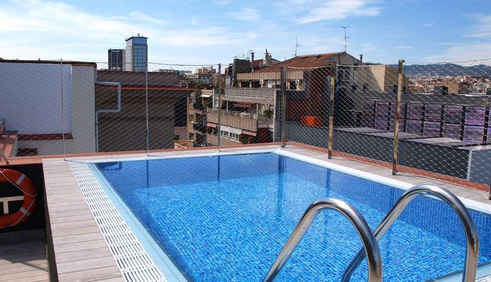 Hotel catalonia la pedrera web oficial catalonia hotels resorts - Hotel piscina barcellona ...
