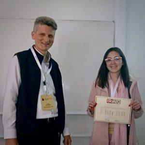 monica recibe premio bio asq