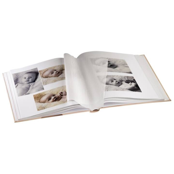 """Album livre """"Baby Feel"""" de HAMA, 29 x 32 cm, 60 pages"""