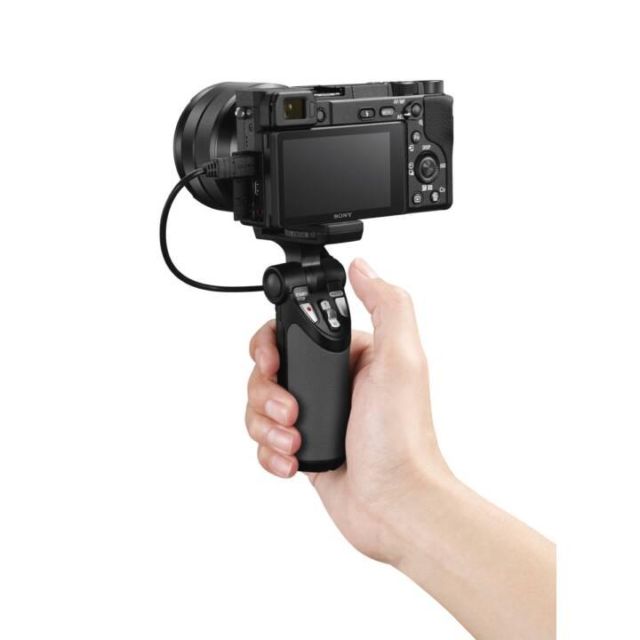 SONY Alpha a6400 + E 18-135mm F3.5-5.6 OSS Kit (24.2 MP, WLAN)