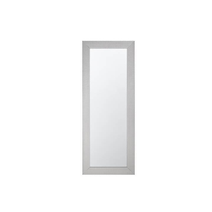 Dieser silberfarbene Spiegel vereint Fun
