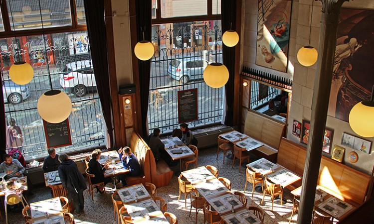 The brasserie of the comic book museum with a touch of Art Nouveau