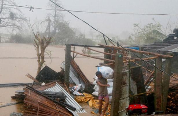 Súper tifón Haima toca tierra en China tras su paso por Hong Kong