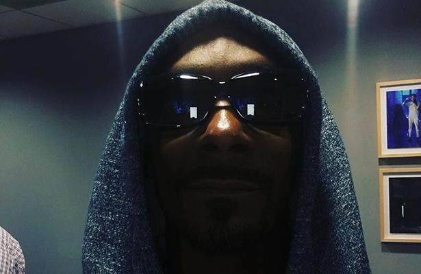 Snoop Dogg sentimental con canción de la Banda MS