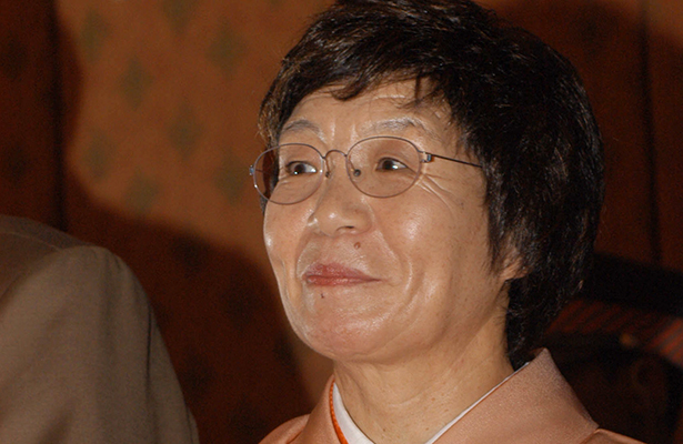Falleció primera mujer en escalar el Everest
