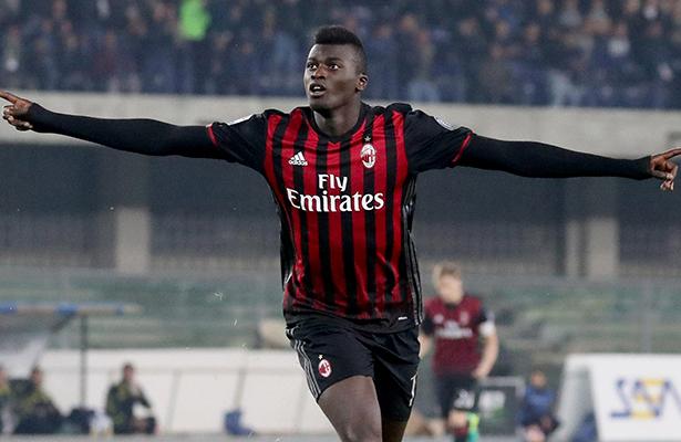 Milán no tuvo problemas en derrotar al Chievo.