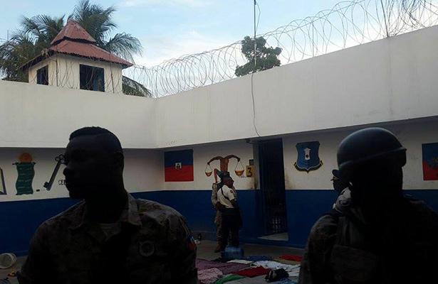 Recapturan al menos a una decena de los presos prófugos en Haití