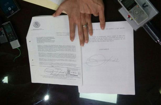 Duarte no llega a Congreso para volver a ser gobernador