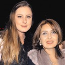 HELENA NAVARRO y  Carolina Silva de Navarro.