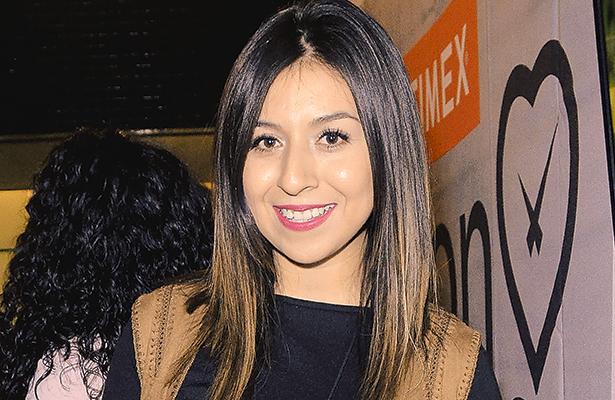 FERNANDA ÁLVAREZ.