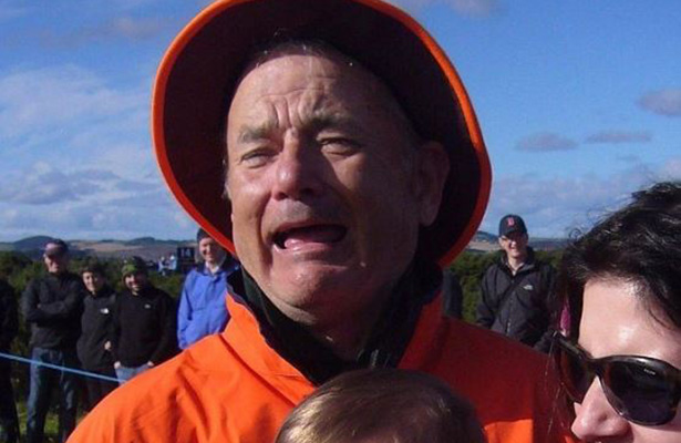¿Tom Hanks o Bill Murray? Fotografía confunde a usuarios en redes sociales