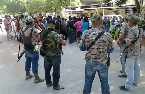 Emboscada contra policía comunitaria deja 8 policías muertos en Guerrero