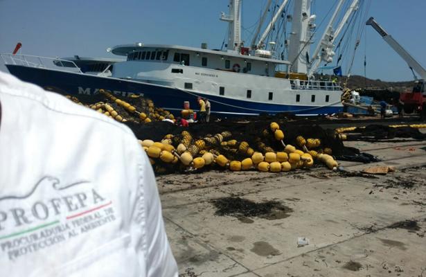 """Buque """"Madeira"""" es asegurado por la PROFEPA"""
