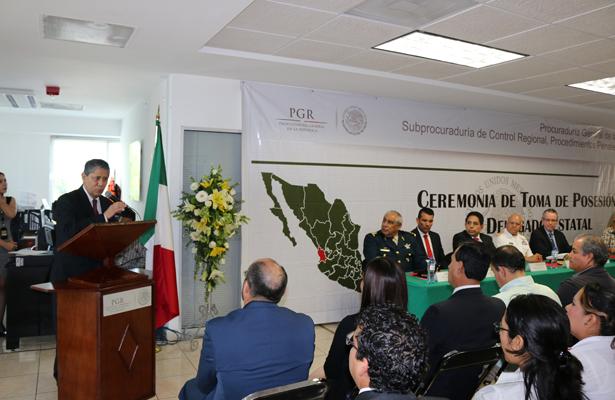 Asume nuevo delegado de PGR en Nayarit Efraín Alonso Gastelum Padilla
