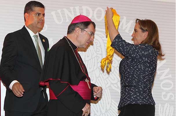 Termina el Nuncio Apostólico Christophe Pierre trabajo diplomático en México
