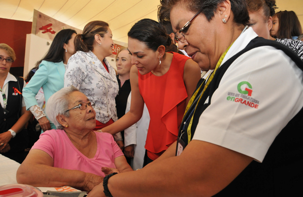 Gobierno de Tlalnepantla refrenda compromiso con las mujeres al ofrecerles múltiplos servicios