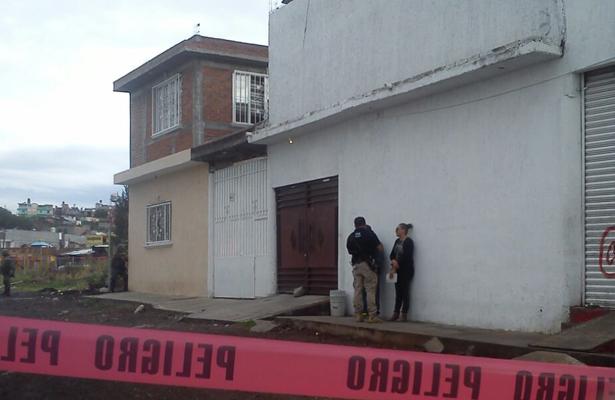 Encuentran a una persona decapitada en Michoacán