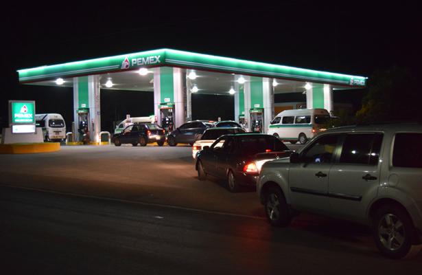 Se pone en riesgo abasto de gasolina
