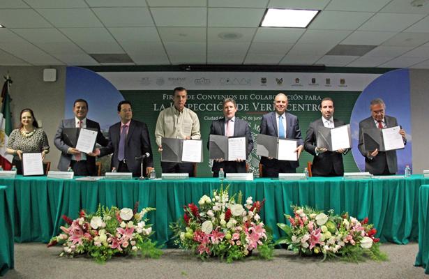 PROFEPA firma convenio de colaboración con SCT