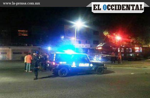 Muere atropellado por patrulla en Guadalajara