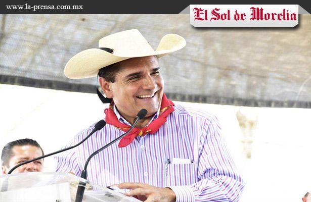 Su gente, riqueza más importante de Michoacán: Silvano Aureoles