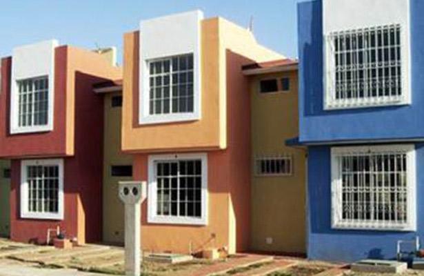 Entrega Gobierno de la República certificados de viviendas en riesgo