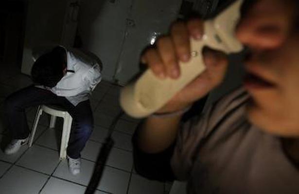 Policías acusados de secuestro exprés